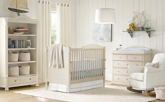 Cream-white-baby-blue-nursery