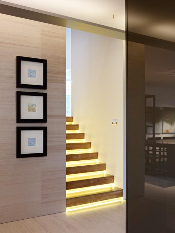 The-Karlusic-Residence-Modern-Staircase-Interior-Design